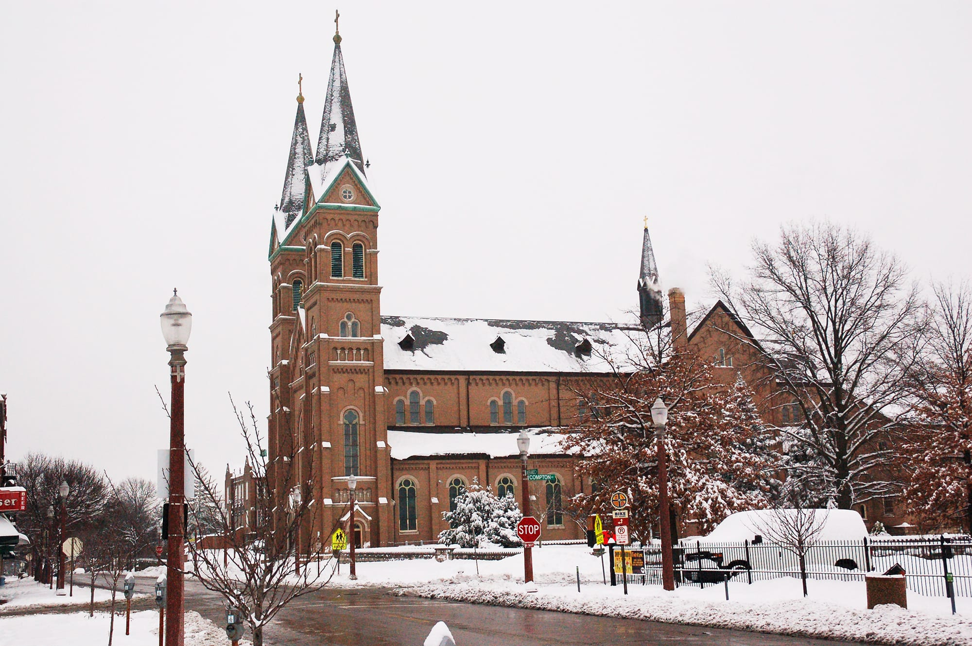 St. Anthony of Padua in the snow.
