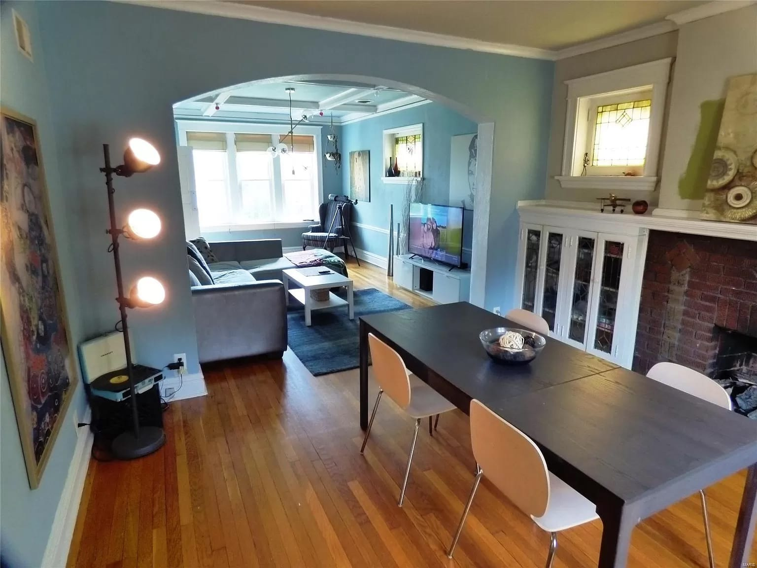 Real estate listing photos of 4616 South Grand.