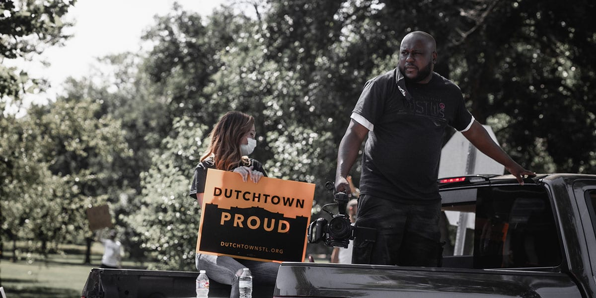 Dutchtown neighbors showing their Dutchtown pride.
