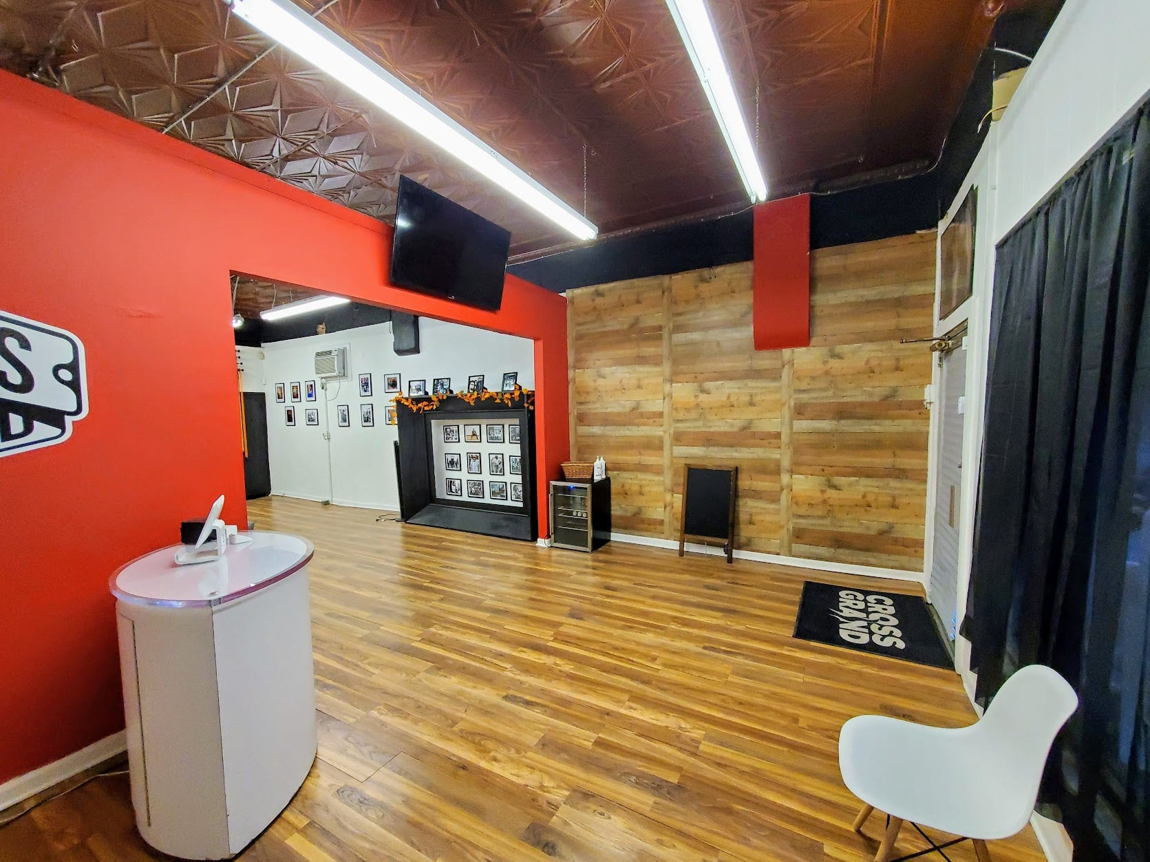 Cross Grand's studio at 3304 Meramec Street in Downtown Dutchtown, St. Louis, MO.