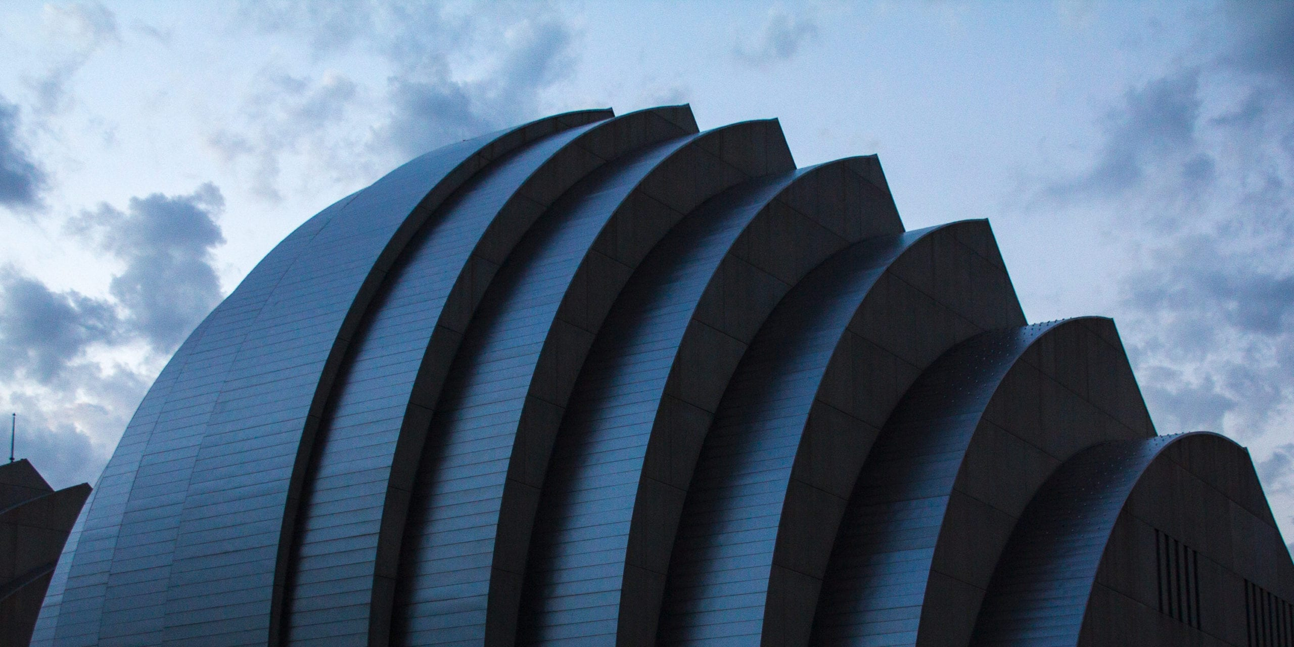 The Kaufmann Center for the Performing Arts. Photo by Flickr user Anthony (26424952@N00).