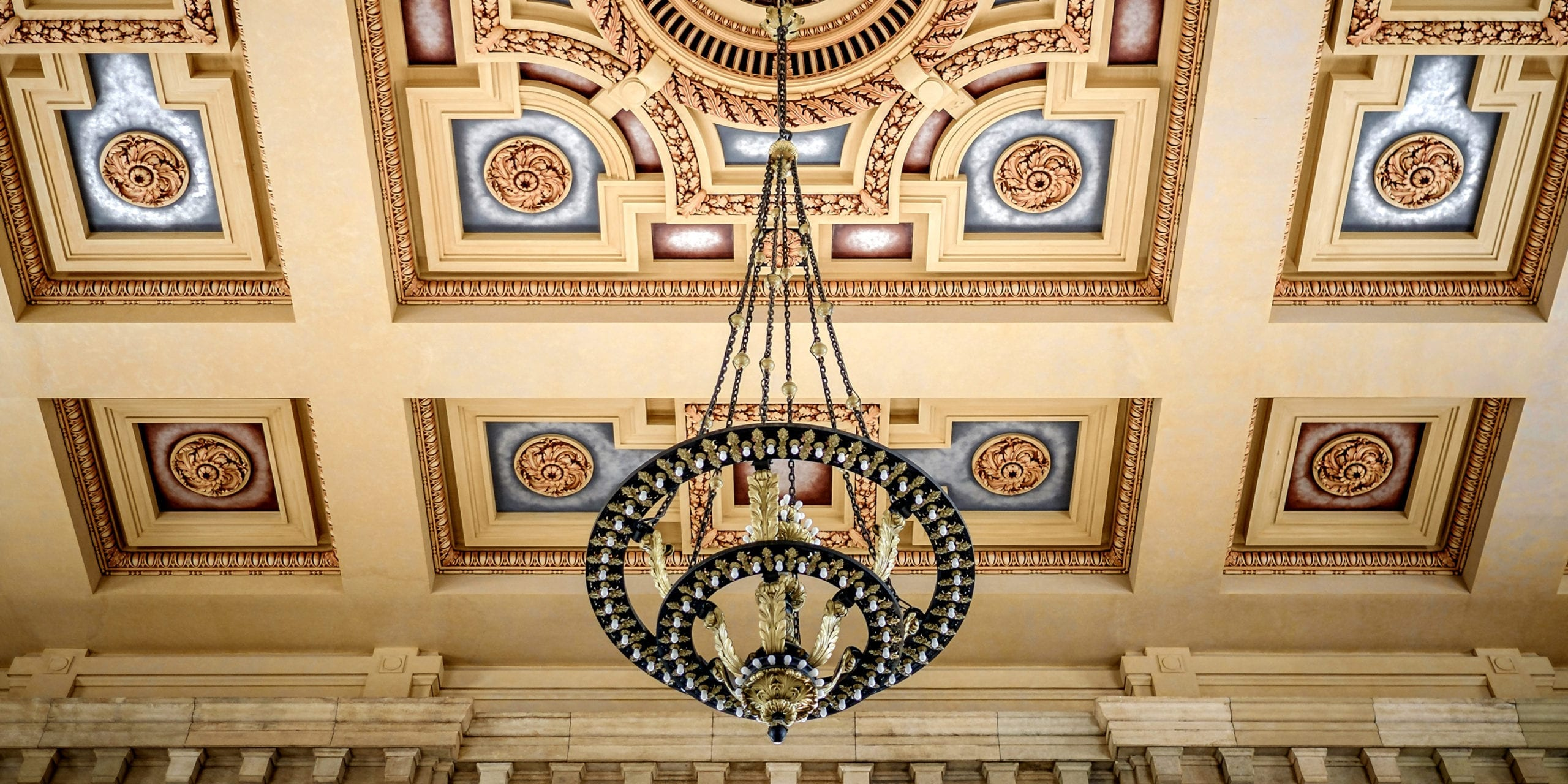 The ceiling of Kansas City's Union Station. Photo by Flickr user Luca Sartoni.